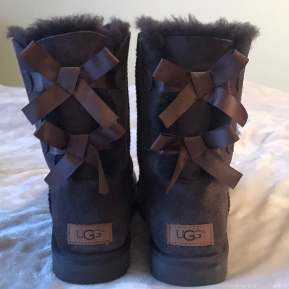 48bdfbbfde6 Ugg Women's Boots Bailey Bow II Chocolate Size 8 NWT
